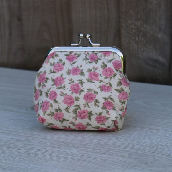 Coin Purse Square Frame – Cream with Pink Flowers