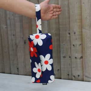 Clutch Purse with Wrist Strap in Navy Blue Cotton with Large Red and White Daisies