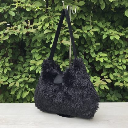 Hobo Style Handbag in Black Faux Fur with Black Cotton Lining
